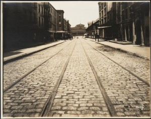 Wurst Bros., Fulton Street and Greenwich Street, looking west. 1912. From the Collections of the Museum of the City of New York.