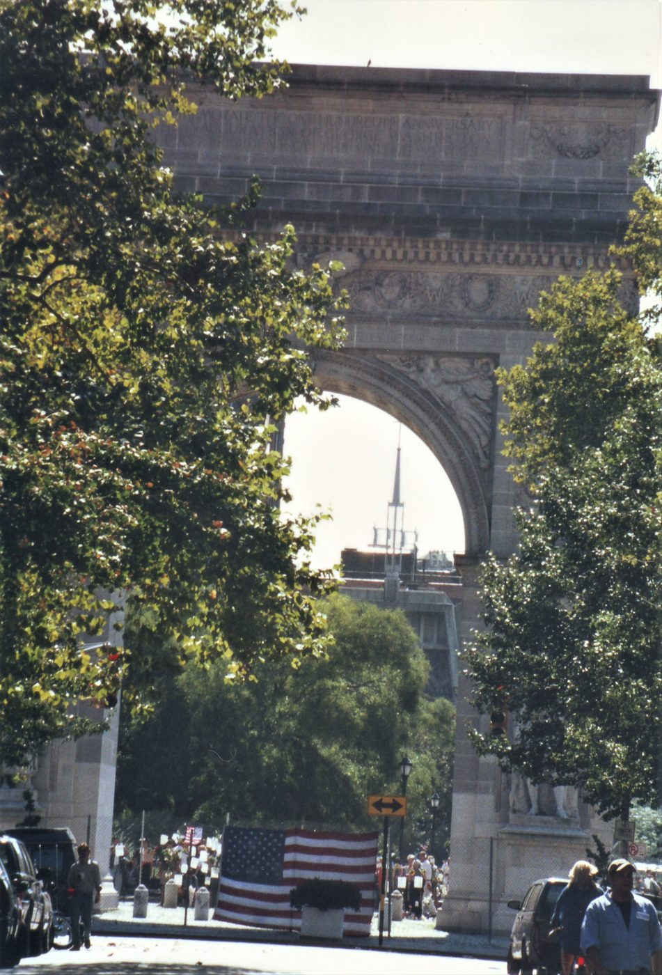 Marjorie Zien - 911 twin towers no longer visible thru the arch
