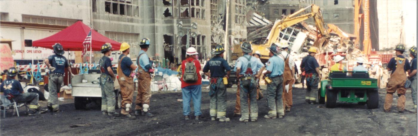 FDNY at Ground Zero (2)