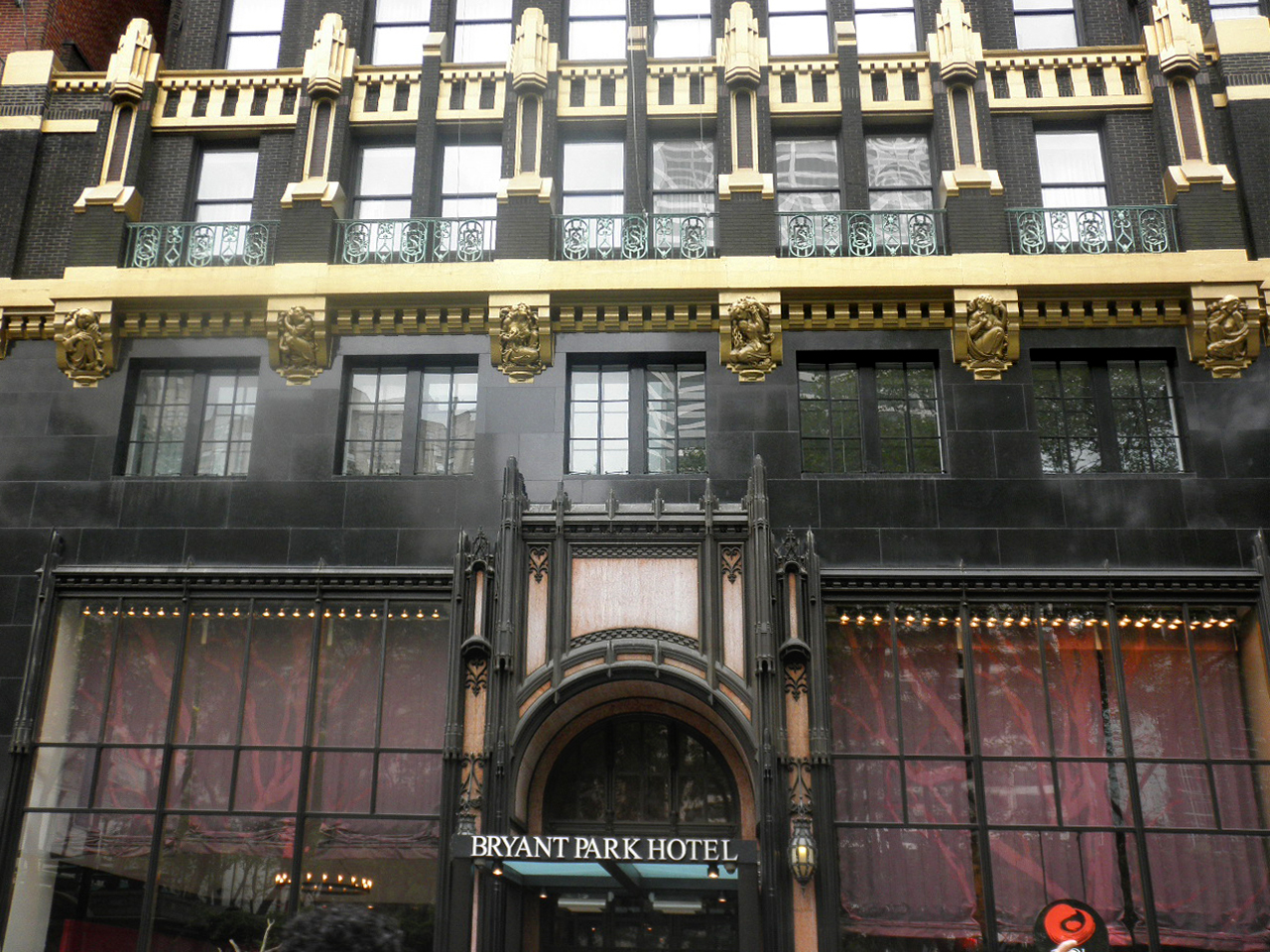 First three floors of the American Radiator Building, today the Bryant Park Hotel, highlighting the buildings great detail as the pedestrian level