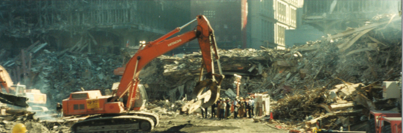 Digger Moving Steel at Ground Zero (2)