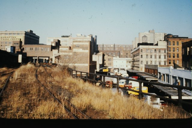 High Line looking north up Washington Street at Little West 12th Street.jpg